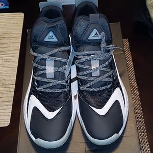 Nwt adidas pro boost mid size 12